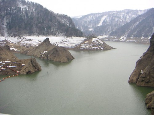 定山湖(ダム上流)