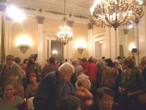 満席の聴衆:終了直後の様子