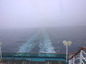 翌朝の日本海、この後、霧笛を鳴らしながら航行