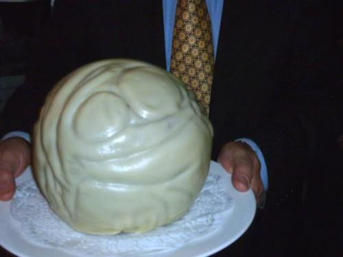 祝賀会のケーキも「母子像・ふるさと」でした!
