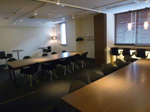会議スペース:10人、18人程度は同時に、30人位まではフォーラム形式で