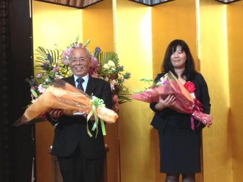角谷先生(左)と坪内さん(右)