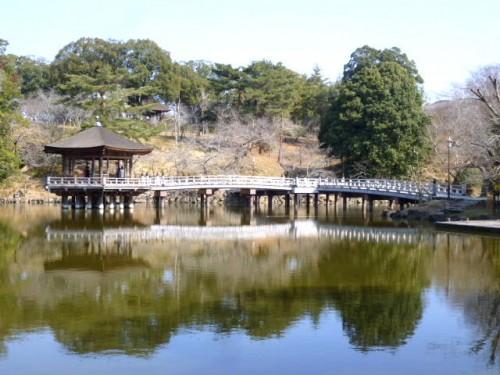 奈良公園浮月殿