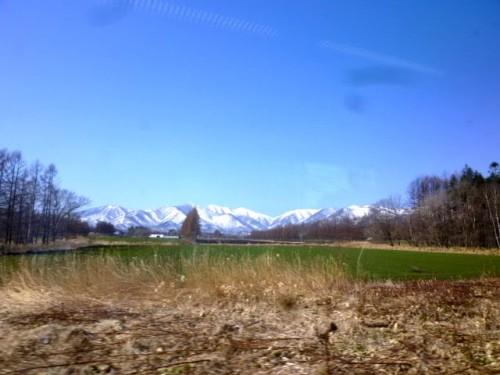 翌日、帯広から札幌の車窓から