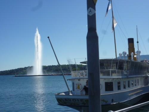 ジュネーブ名物:レマン湖の大噴水