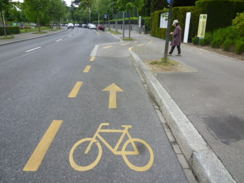 自転車もきっちり市民権を得て