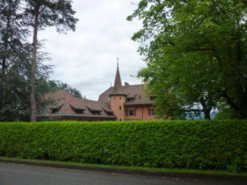 新渡戸稲造が国際連盟次長時代、8年間住んだ住宅レザマンドリエは今も健在!