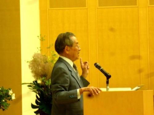 特別講演 大坂大学名誉教授・佐藤全弘先生