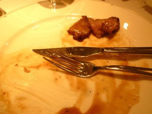 メインの「ローストビーフ」、食後の様子?