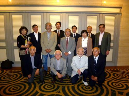 藤井先生、受賞者の方々、「考える会」運営委員