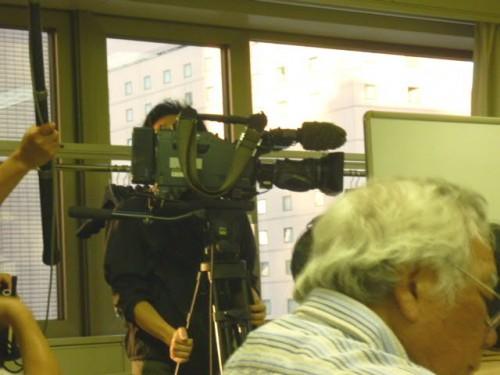 会場では唯一のテレビ取材 NHK!