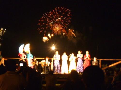 浜にはフラメンコフェスティバルの特設舞台