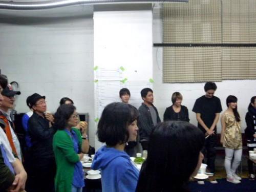 韓国劇団「テアトロゴドー」の皆さんと札幌座との交流会