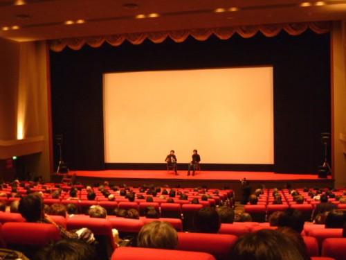 会場は満席、熱気いっぱいでした!