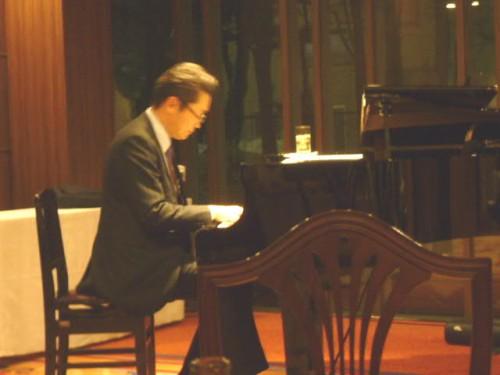ジャズピアノを特技とする同窓生