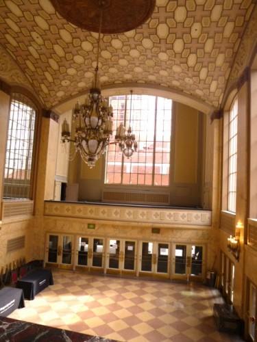 旧劇場の玄関・ロビー