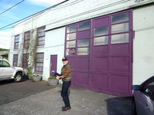 どう見ても古いガレージです!