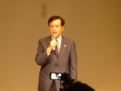 世田谷区長の保坂展人さん、当日のコーディネーターも