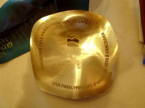 アテネパラリンピック銀メダル