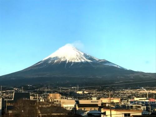 東海道新幹線で新富士近く