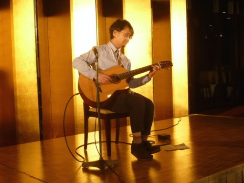 金森さんのギター演奏