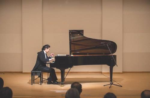 阿久沢さんの演奏