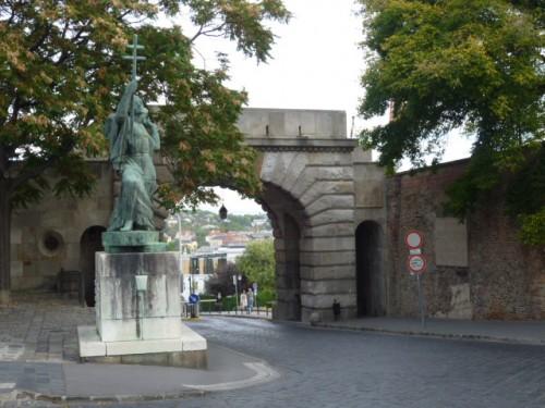 ブダ城ウィーン門