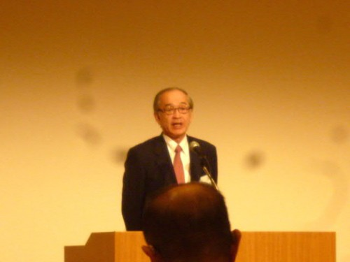 新しくご就任の石井純二代表幹事