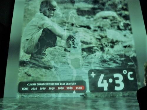 最終エリアでは温暖化への警鐘