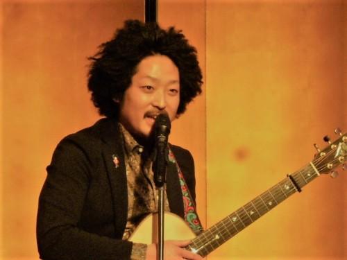 会員の山木将平くんのギター演奏