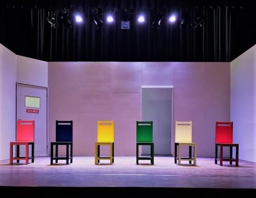 公演前の舞台