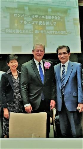 左はストラテジスト・キャシー松井さんと