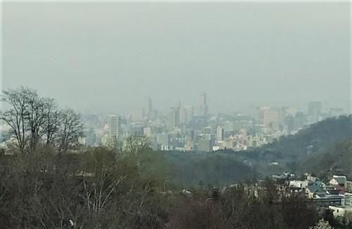 遠くに札幌の街並み!